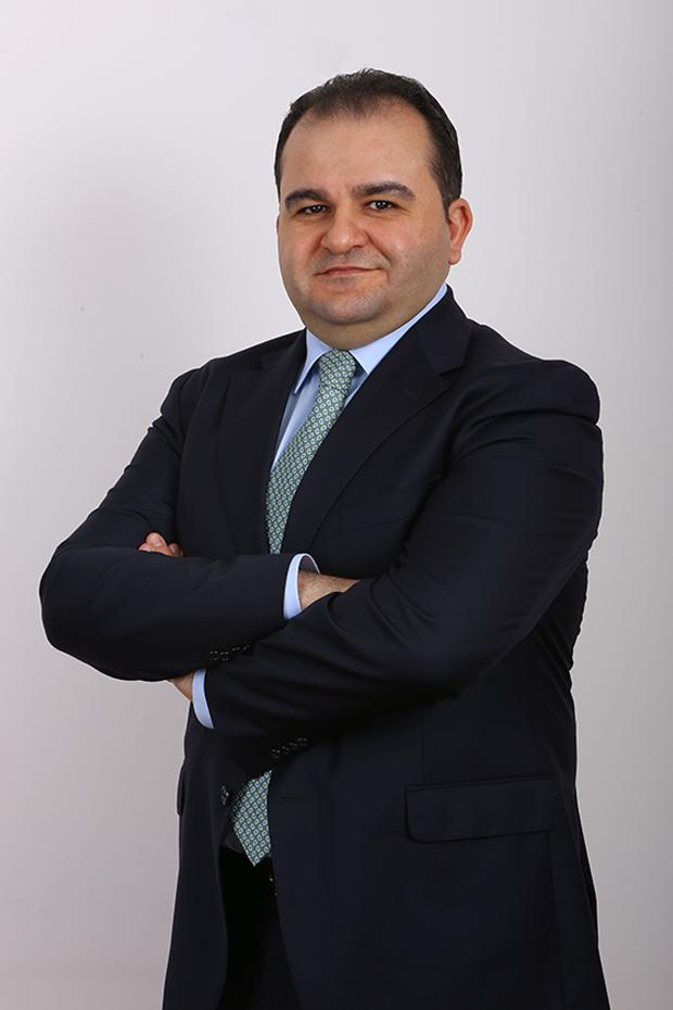 Ayhan Sırtıkara